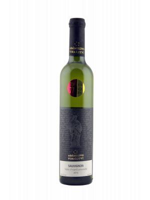 Sauvignon 2015, výběr z hroznů, Adámkovo Vinařství, 0,5 l