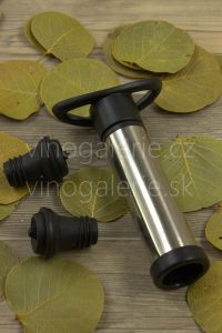Vakuová pumpa na víno